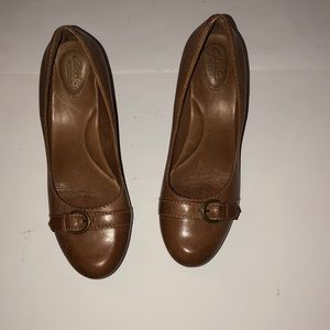 Clark's artisan leather heels